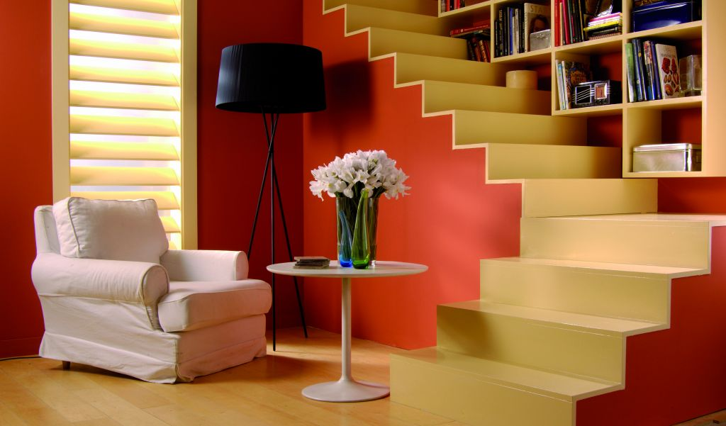 Pintura de escaleras barcelona pintores - Decoracion interiores pintura ...